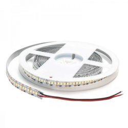 LED стрічка 3014 204 LED на метр IP20, 12V, 18.6 W/m AVT
